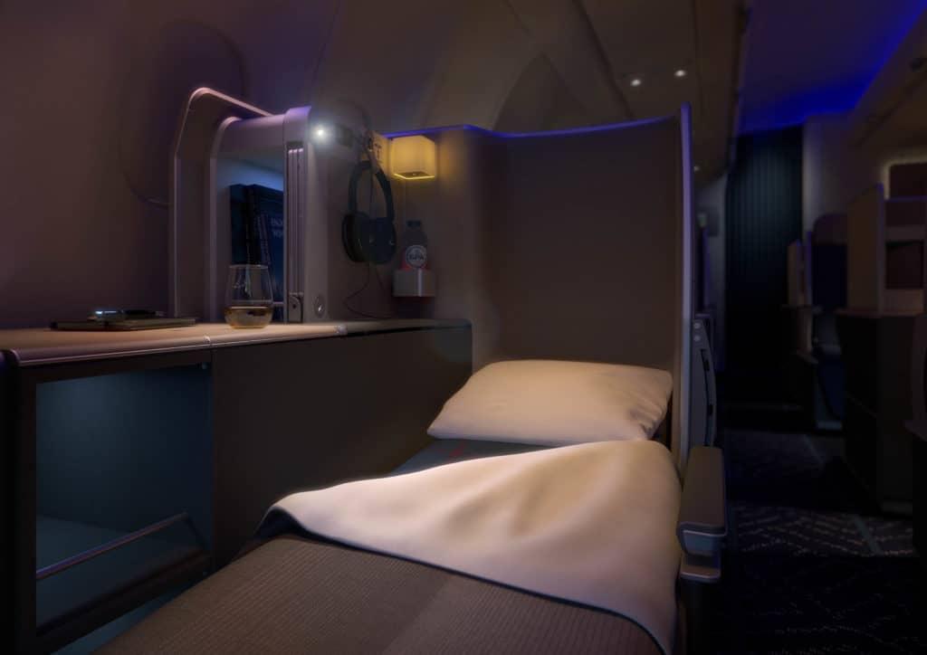 Ausgefahrenes Bett der neuen Business Class der Brussels Airlines