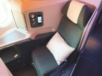 cathay pacific business class a350 1000 sitz 1