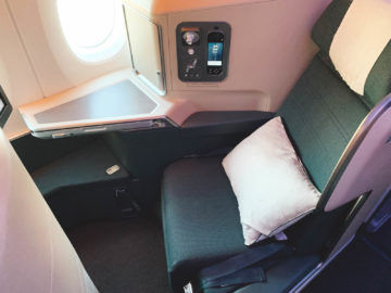 cathay pacific business class a350 1000 sitz 9