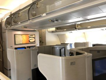 cathay pacific business class a330 kabine