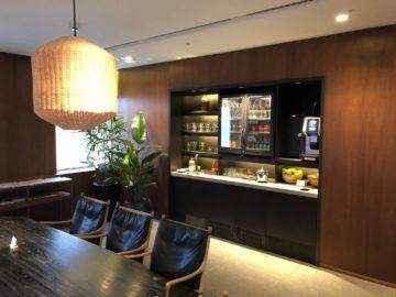 cathaypacific business class lounge taiwan taoyuan kaffelounge