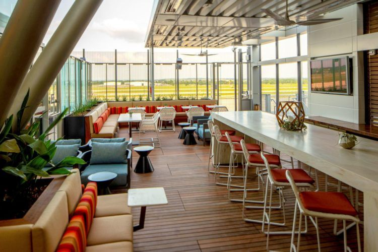 delta skyclub lounge austin 2