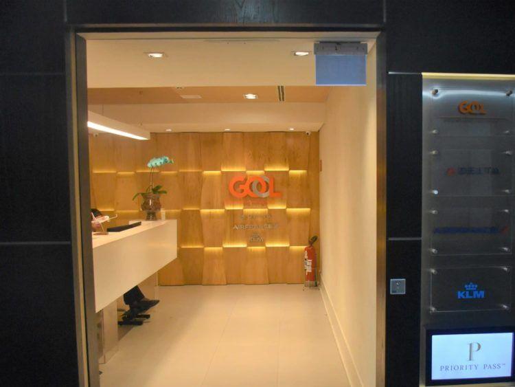 eingangsbereich gol domestic premium lounge sao paulo e1544218161575