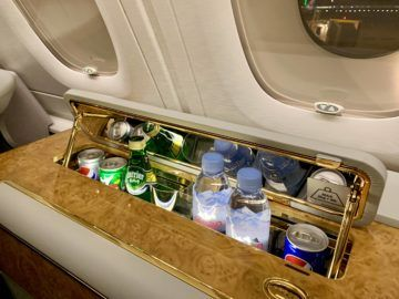 emirates alte first class a380 minibar
