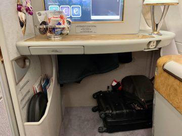emirates alte first class a380 stauraum