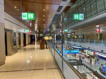 emirates first class lounge dubai concourse b atrium 2