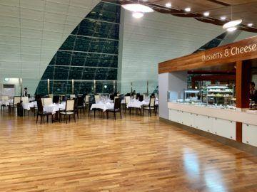 emirates first class lounge dubai concourse b restaurant 1