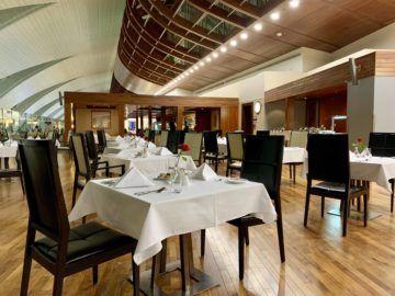 emirates first class lounge dubai concourse b restaurant 3