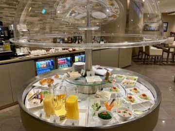 emirates lounge tokio narita buffet 1