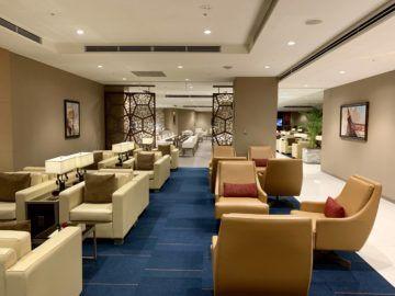 emirates lounge tokio narita sitze 2