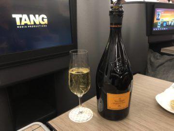 eva air business class a330 300 champagner veuve