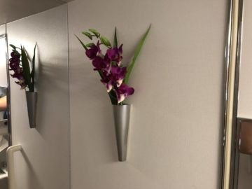 EVA Air Business Class Boeing 777-300 Fake orchidee