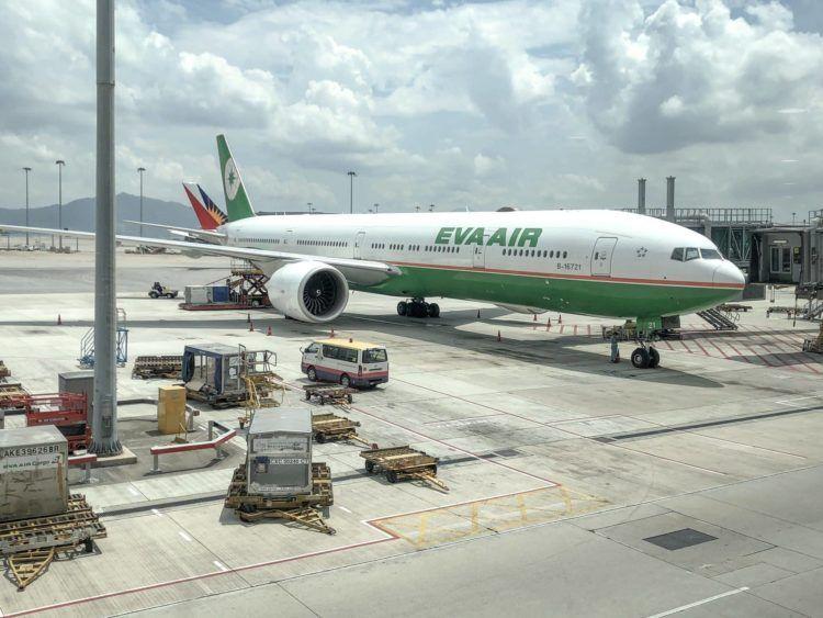 eva air boeing 777 300