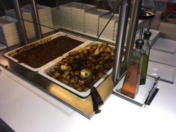 finnair lounge helsinki warme speisen