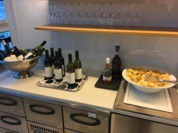 finnair lounge helsinki wein alkohol