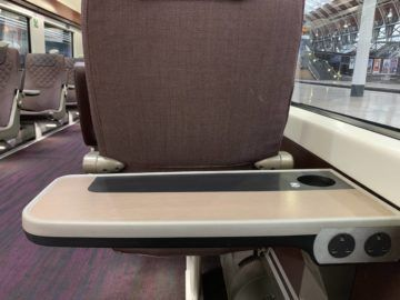 heathrow express first class tisch 2