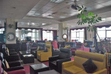 karibuni lounge entebbe sessel 2