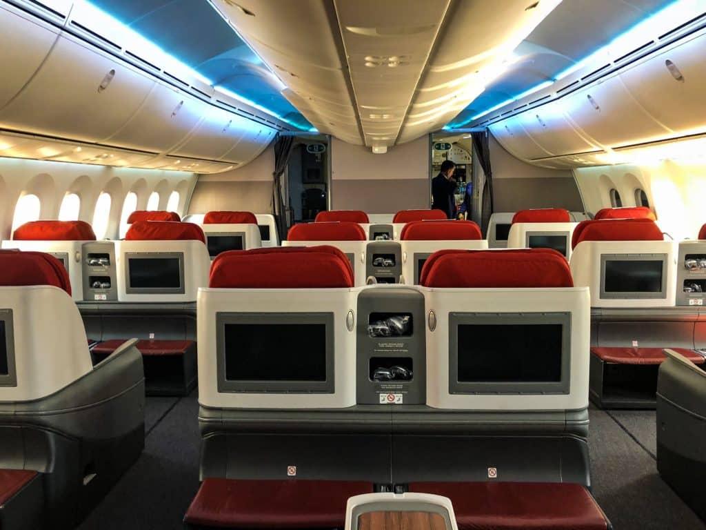 latam business class boeing 787 9 kabine business class hinten