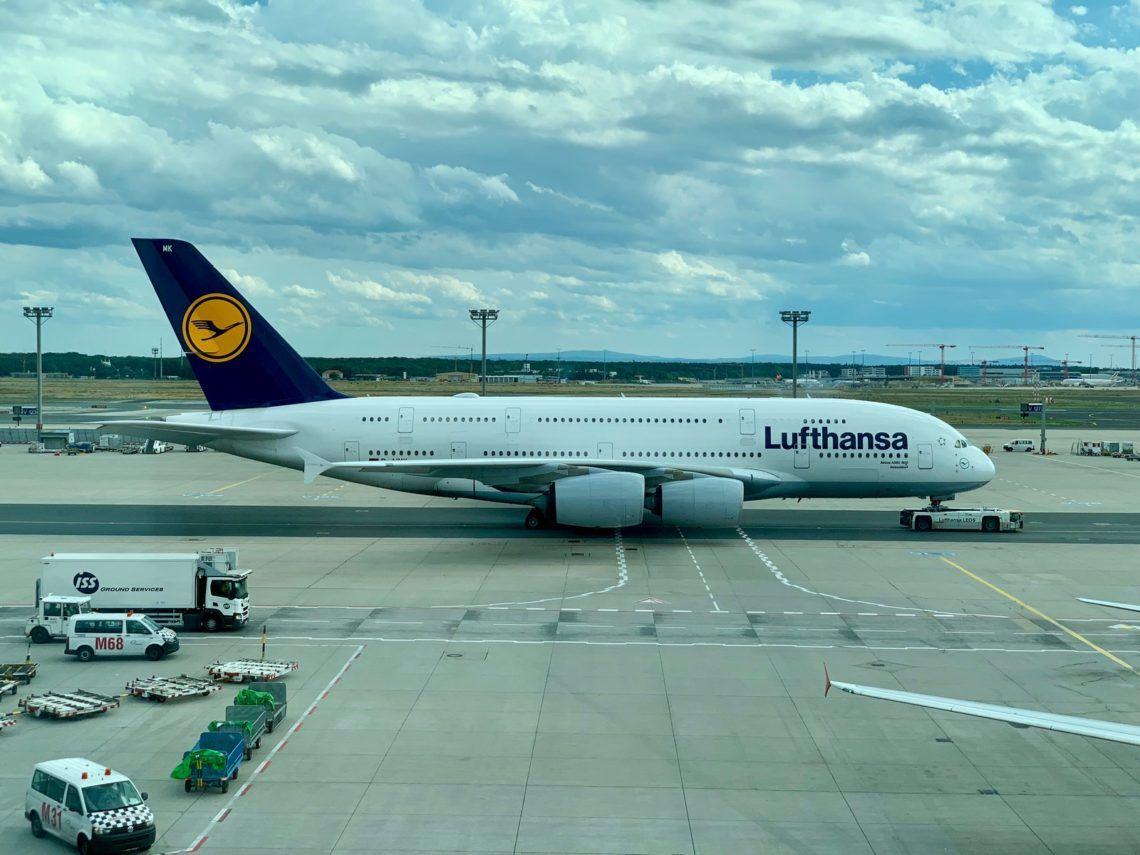 lufthansa airbus a380 frankfurt flughafen