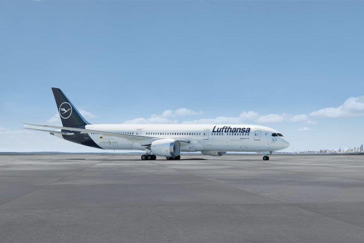 lufthansa boeing 787 copyright