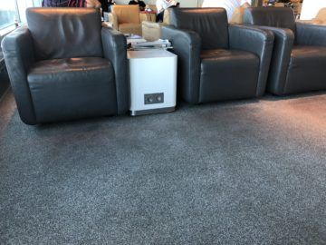 lufthansa business lounge frankfurt a26 steckdosen
