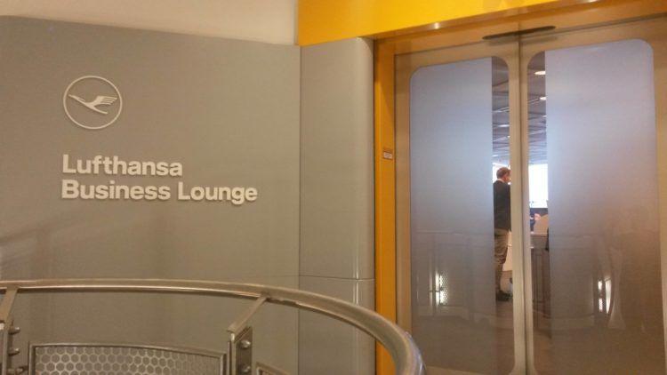 lufthansa business lounge frankfurt b24 b28 beitragsbild
