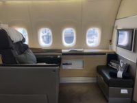 lufthansa first class boeing 747 8i sitz 1b