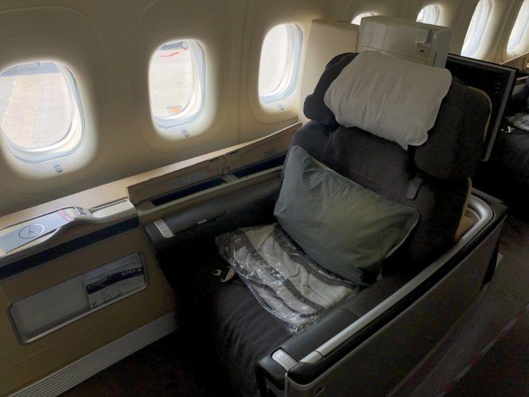 lufthansa first class boeing 747 8i sitzplatz 1a