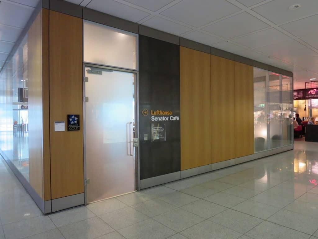 Lufthansa Senator Cafe München