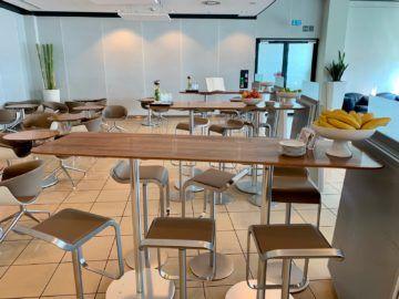lufthansa senator lounge frankfurt c16 essbereich tische