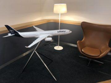 lufthansa senator lounge muenchen satellit schengen modellflugzeug