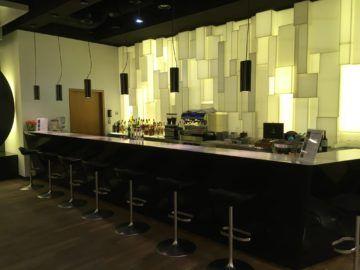 lufthansa senator loungeb frankfurt bar
