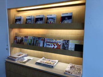 qantas international business lounge sydney zeitschriften