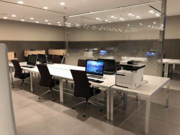 qatar airways al mourjan business class lounge business center