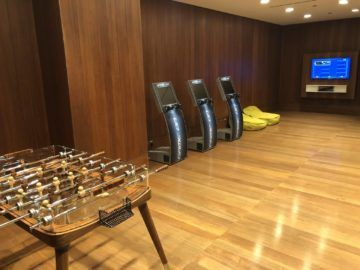 Qatar Airways Al Mourjan Business Class Lounge Spielzimmer zwei