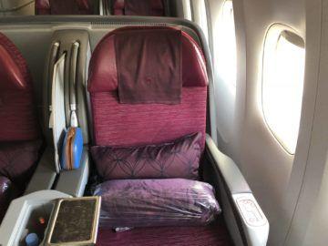 qatar airways business class boeing 777 200lr sitz fenster
