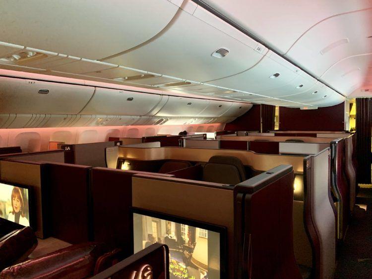 qatar airways qsuite boeing 777 300er kabine 3