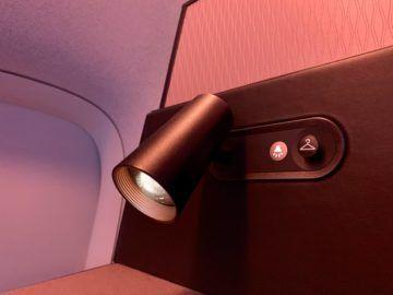 qatar airways qsuite boeing 777 300er lampe 2