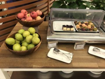 royal orchid lounge hong kong obst snacks