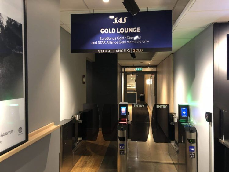 sas gold lounge oslo gardermoen eingangsbereich