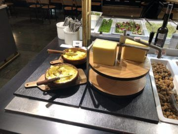 SAS Gold Lounge Oslo-Gardermoen Käse und Butter