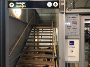 SAS Gold Lounge Oslo-Gardermoen Treppe zur Lounge