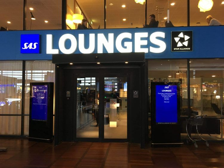 sas gold lounge kopenhagen eingangsbereich