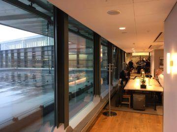 sas gold lounge stockholm fensterfront 1