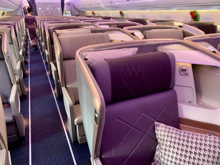 singapore airlines business class a350 900ulr kabine hinten 2