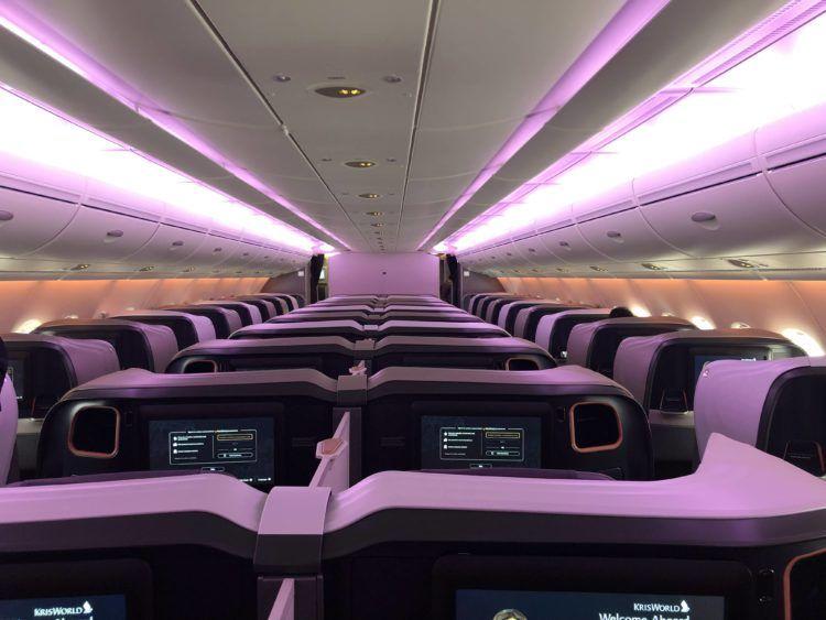 singapore airlines business class a380 800 neu kabine von hinten