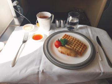 singapore airlines first class 777 300er essen fruehstueck 5