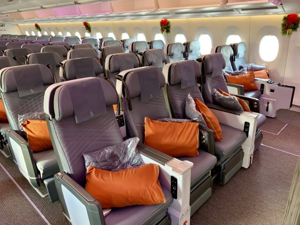 singapore airlines premium economy class a350 900ulr 3