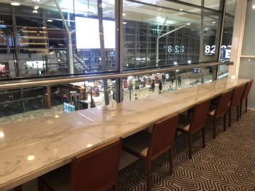 singapore airlines silverkris lounge brisbane blick vorfeld