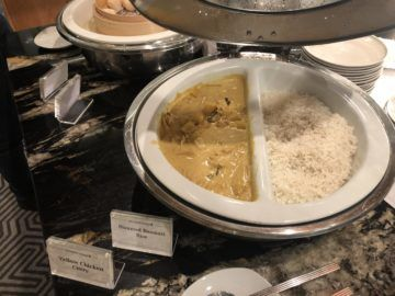 singapore airlines silverkris lounge brisbane chicken curry